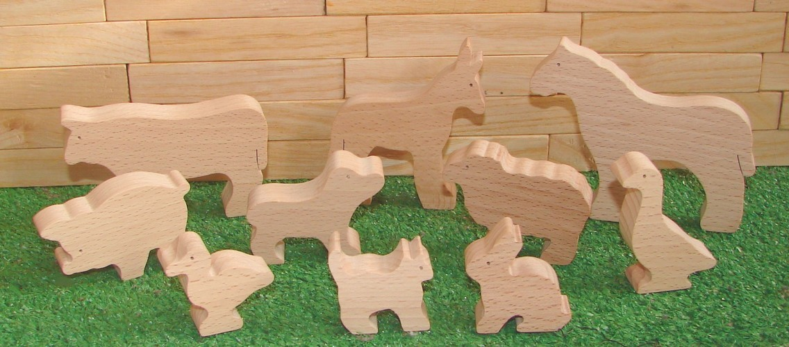 Les Animaux en bois de la ferme
